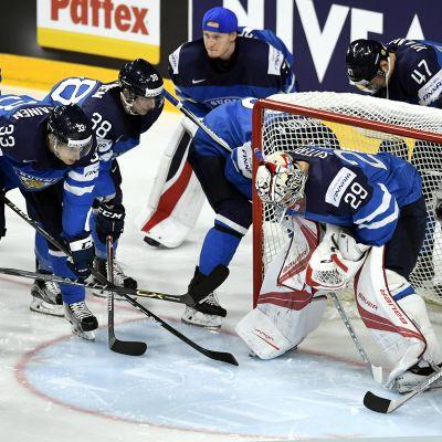 Suomen jääkiekon maajoukkue valmistautui otteluun Yhdysvaltoja vastaan torstaina 18. toukokuuta.