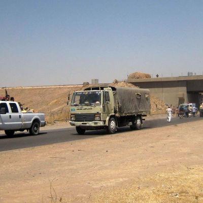 Irakiska armén lämnar Kurkik, som övertagits av kurdiska styrkor.