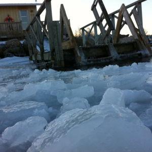 Stormlyktan, bastun (även öppen för vinterbadare) vid simstranden i Molpe.