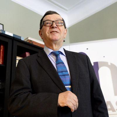 Keskustalainen europarlamentaarikko Paavo Väyrynen