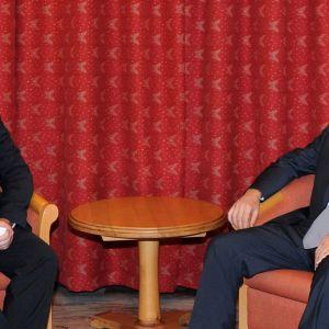 Tero Kivisaari tillsammans med Azerbajdjans president