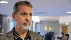 Matti Mäkelä, överläkare vid Institutet för hälsa och välfärd, THL.