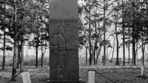 Jägarnas minnesmärke på sin ursprungliga plats i Lockstedter Lager