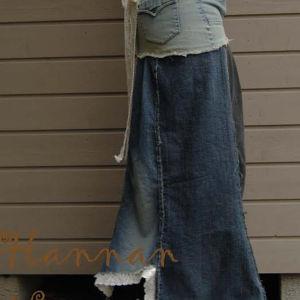Långkjol av gamla jeans