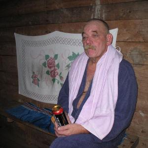 Tämä torppa jonka saunan eteisessä kuva otettu oli meillä kesäpaikkanauseita vuosia.