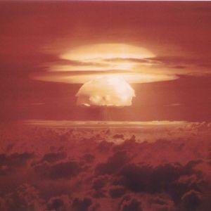 """Kärnprovsprängningen """"Castle Bravo"""" vid Bikiniatollen."""