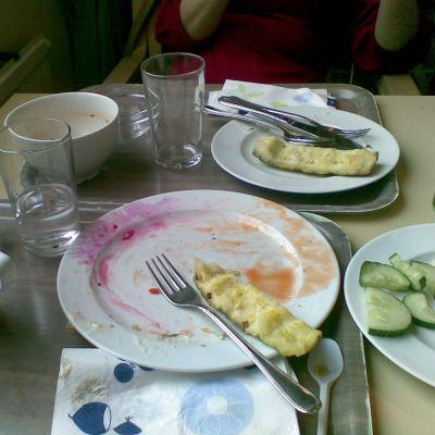 Många äter lunch på restaurang