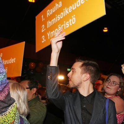 Vihreiden kannattajia presidentinvaalivalvojaisissa tammikuussa.
