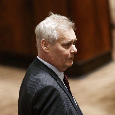 SDP:n puheenjohtaja Antti Rinne kommentoi hallituksen eroa