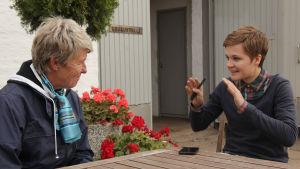 Ronja Salmi haastattelee Kyra Kyrklundia