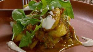 Potatis- och tomatcurry.