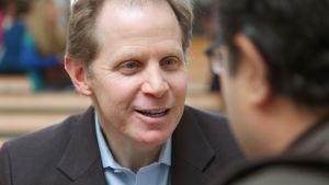 Världsberömd författare, psykiatriprofessor och guru inom mindfulness, Daniel Siegel