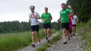 Kaj Arnö & vänner löper
