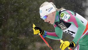 Kaisa Mäkäräinen i skidvärldscupen i Lahtis 2014.