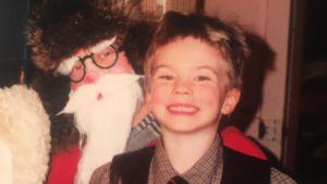 Vegas sommarprtare 2019 David Björkström som barn i julgubbens famn.