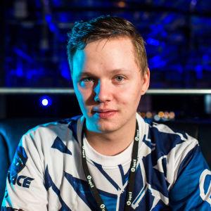 """Miikka """"suNny"""" Kemppi Team Menace.fi CS:GO -joukkueesta"""