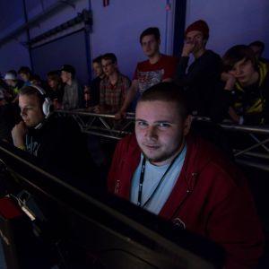 """Jesse """"KHRN"""" Grandell ja 3DMAX etenivät Lantrekien CS:GO-turnauksen finaaliin"""
