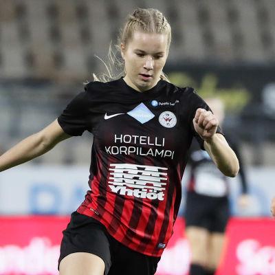 Eva Nyström i PK-35:s tröja 2018.