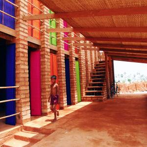 Sra Poun koulu Kambodzassa, Arkkitehdit Rudanko + Kankkunen