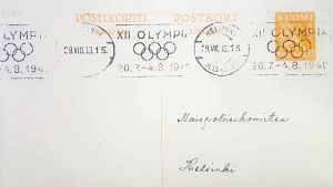 Kuva vanhasta postikortista, joka on osoitettu Naispoliisikomitealle. Kortissa on Olympialais-teemaiset postileimat.
