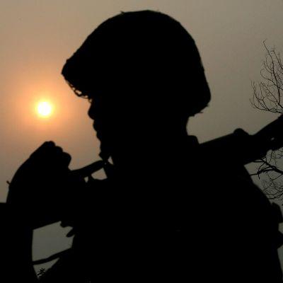 Sotilaan silhuetti