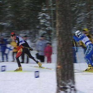 Hiihdon MM-kilpailut 2001 Lahdessa, mieshiihtäjiä vauhdissa