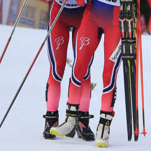 Therese Johaug och Ingvild Flugstad Östberg efter Tour de Ski 2016.