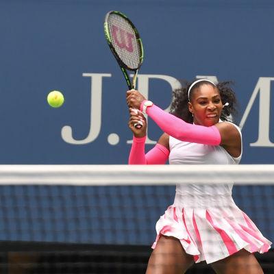 Serena Williams är en världsstjärna i tennis.