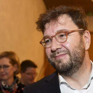 Liikenne- ja viestintäministeriksi ehdotettu Timo Harakka SDP:n puoluehallituksen ja eduskuntaryhmän kokouksen jälkeen Helsingissä 8. joulukuuta 2019.