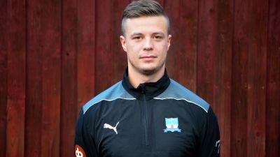 Alexander Österlund är spelande tränare i Hanko Futsal Club.
