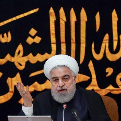 Presidentti Hassan Rouhani puhumassa hallinnolleen Teherenissa 4. syyskuuta.