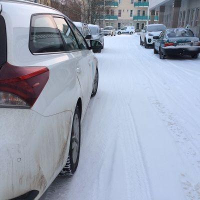 Auto parkkipaikka huomiovalot