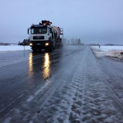 Kantatie 66 Lapuan ja Kuortaneen välillä Etelä-Pohjanmaalla kuvattuna 25.1.18 noin kello 10.