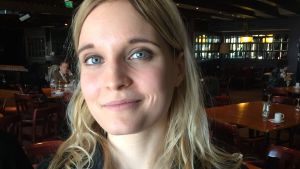 Forskaren Saila Heinikoski vid Åbo universitet ingår i forskargruppen om Ålands demilitarisering.