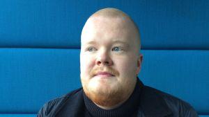 Tobias Sjöman, 20 år, är ung cancerpatient