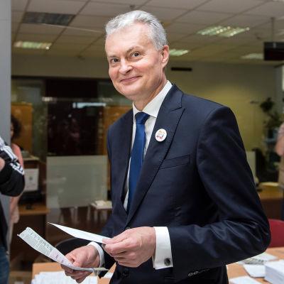 Gitanas Nausėda vann presidentvalet i Litauen i maj. Han har en bakgrund i bankvärlden.