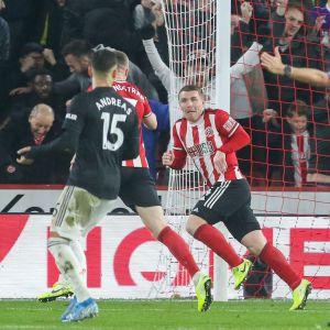Sheffield United firar mål.