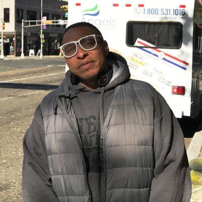 Dwayne Pope vid en gata i Newark i USA: