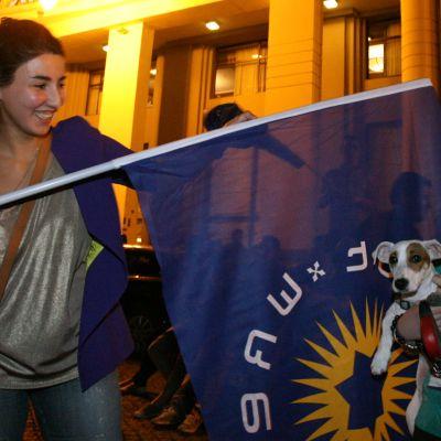 Oppositionen firar i huvudstaden Tbilisi.
