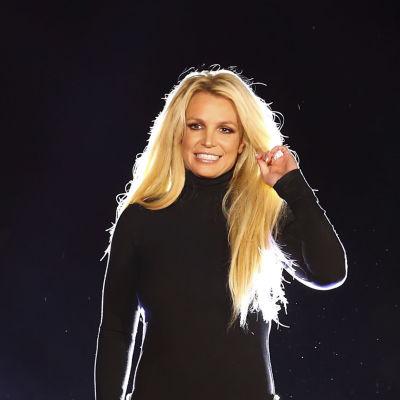 Britney Spears esiintymässä vuonna 2018.
