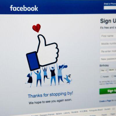 Facebookin kotisivu huhtikuussa 2016.