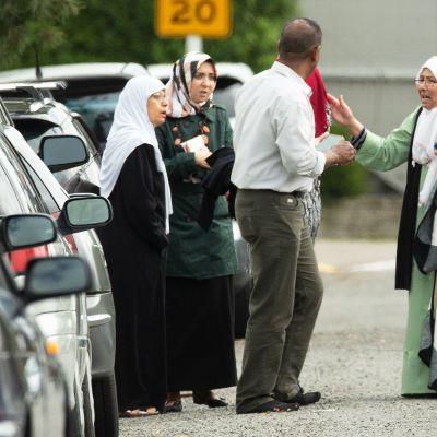 Poliisi partioi Uuden-Seelannin moskeijaiskujen jälkeen