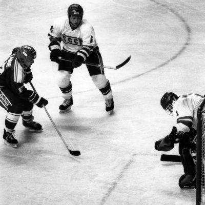 Suomen ja Neuvostoliiton välinen jääkiekko-ottelu Calgaryn olympialaisissa 28.2.1988.