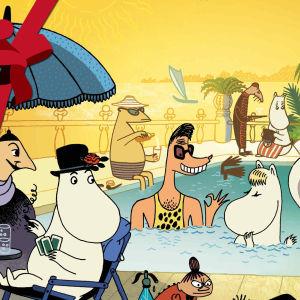 Bild från animationen Muminfamiljen på Rivieran. Snorkfröken i poolen med playboyn Clark och Mumintrollet svartsjuk på bassängkanten. Yles jul-rosett logo i övre vänstra hörnet.