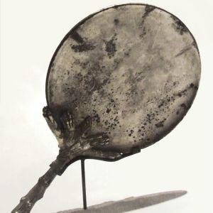 Silverspegel med skaft från Pompeji.