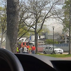 Bild på brandhärjat Motellet i Ekenäs