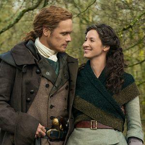 Suosikkisarjassa Claire ja Jamie Fraser joutuvat ottamaan rakkaiden asioiden puolesta suuria riskejä.