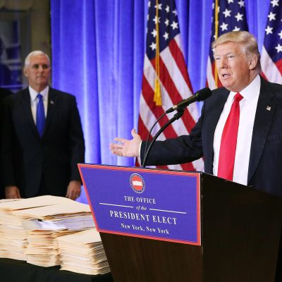 Donald Trumpin tiedotustilaisuus 11. tammikuuta.