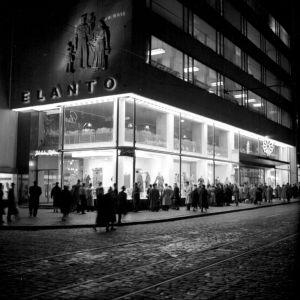 Det nyöppnade Elanto varuhuset på Alexandersgatan 1950