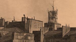 Helsingin Työväentalo torni tulessa 13.4.1918